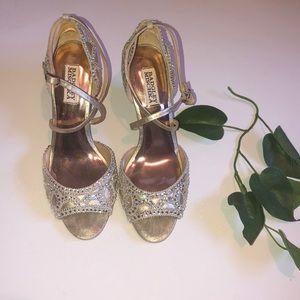 Badgley Mischka wedding heels 🔥